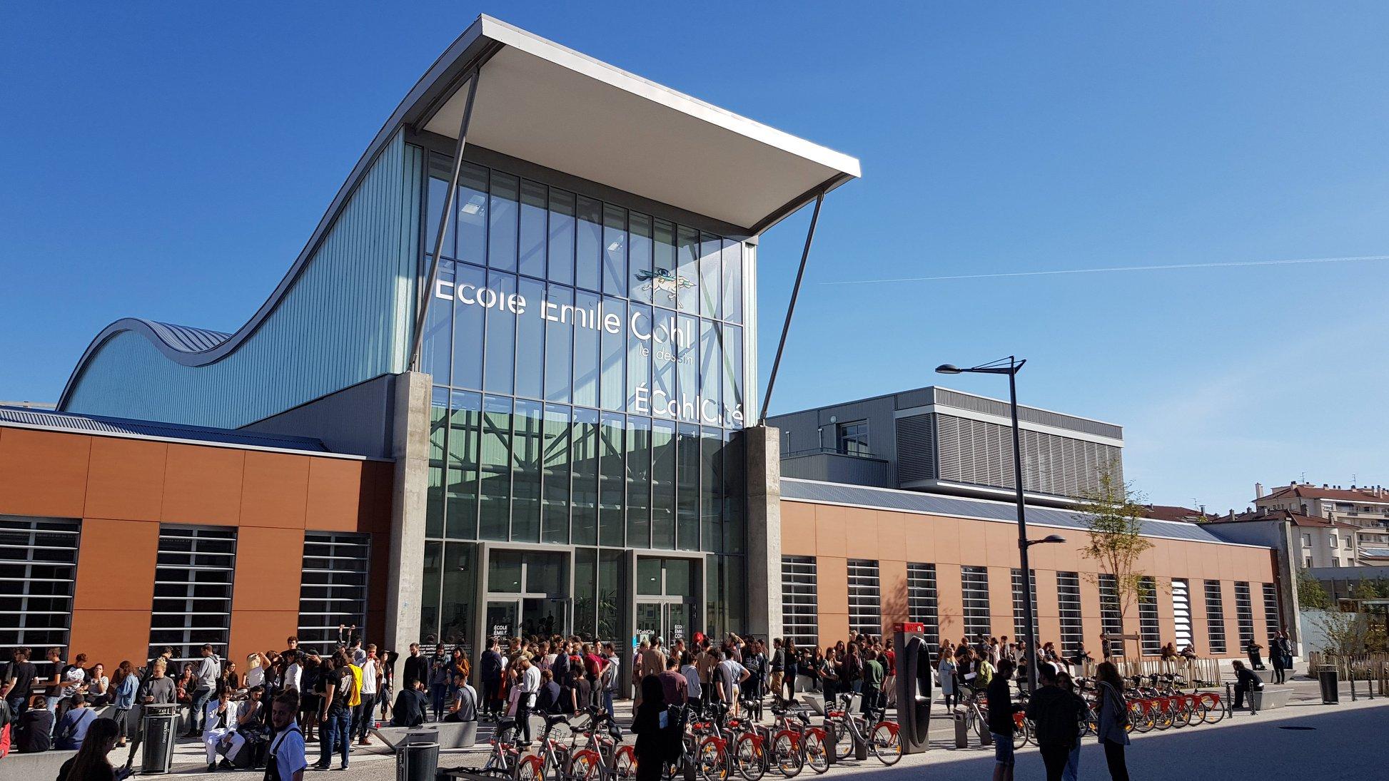 Nouveau : visitez l'école en 360°