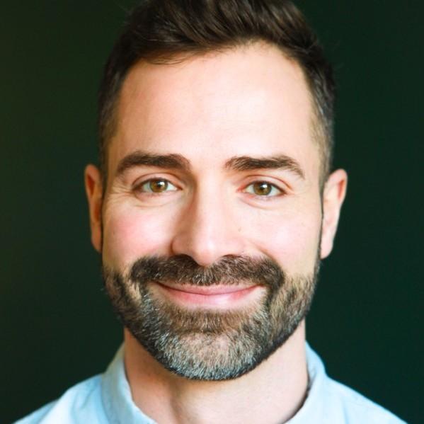 Matthieu Saghezchi, production designer primé aux Emmy Awards